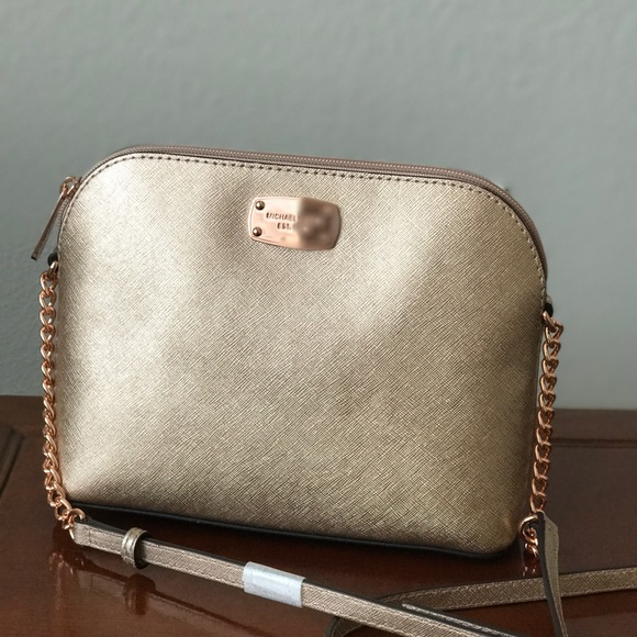25d05a7c80e7 Michael Kors Bags   Nwt Saffiano Leather Cindy Dome Bag   Poshmark
